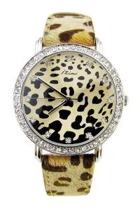 '.Леопардовые часы с меховым ремешком .'