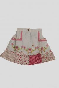 Юбка белая с цветочным вышивным рисунком (6 лет)