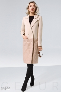 '.Пальто с отделкой .'